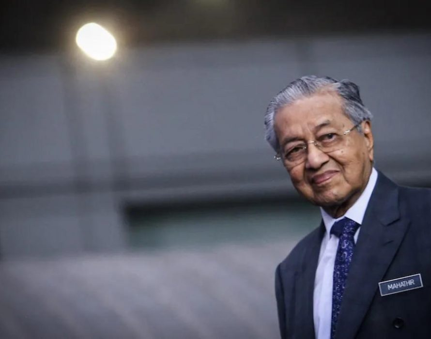 Dr Mahathir confirms Cabinet reshuffle