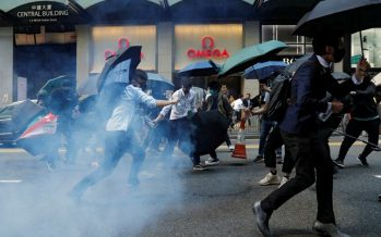Hong Kong protests: Police fire tear gas at university campus
