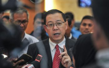 Mahathir will not set up a 'backdoor govt', says Guan Eng