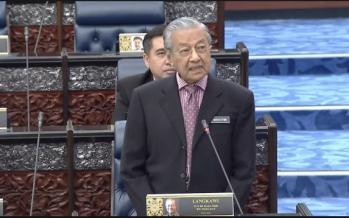 Resign if Pakatan loses Tg Piai, Twitter users tell Mahathir