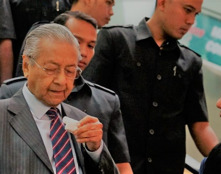Dr Mahathir bounce back to duty as usual after nosebleed