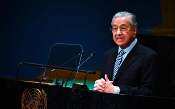 Mahathir attends dinner marking 50 years of Malaysia-Hungary diplomatic ties