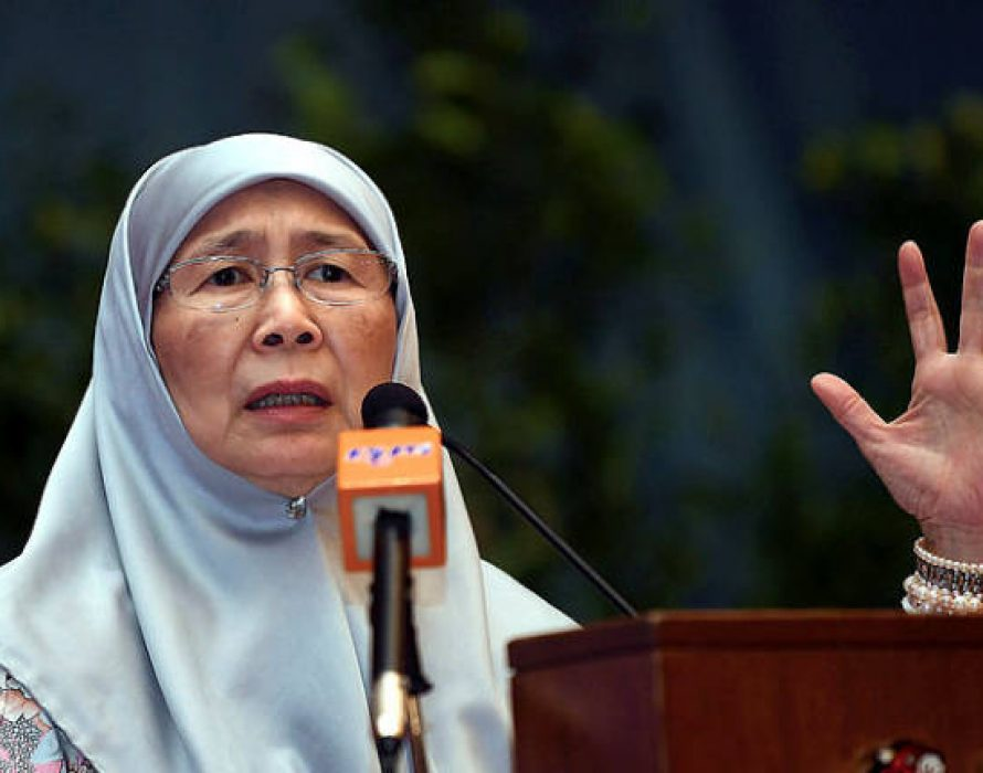 Wan Azizah: Projects scrutinised for better service delivery
