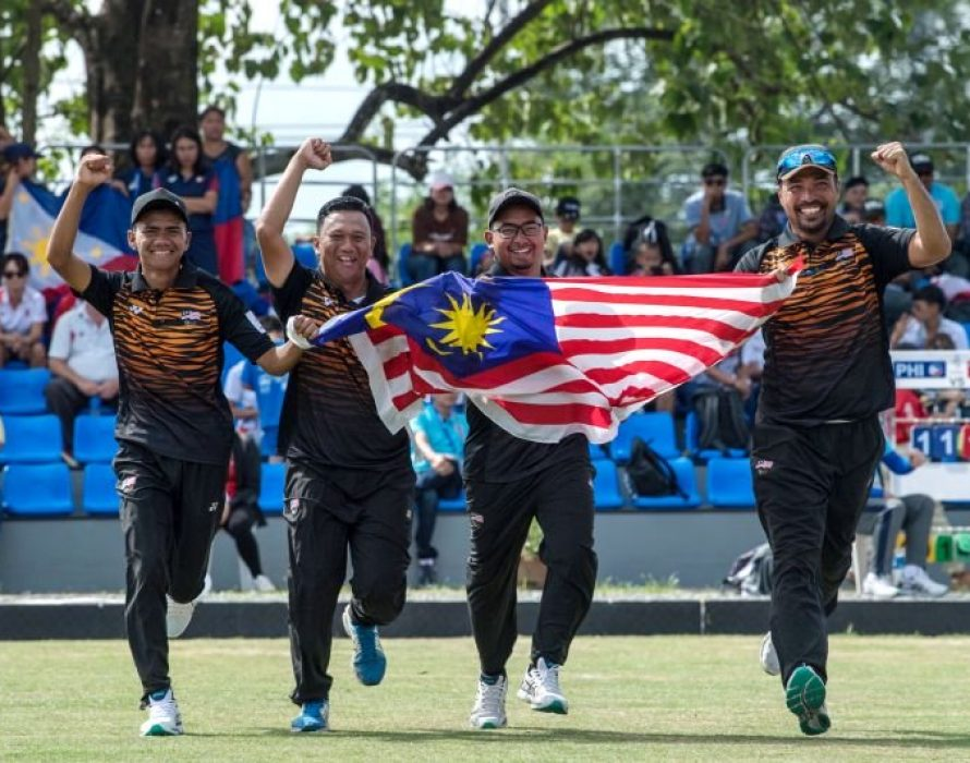 Lawn bowl squad garners four gold, two bronze medals