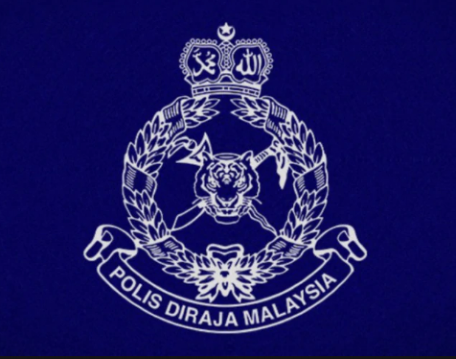 Four nabbed, cigarettes worth RM2.8 mill seized