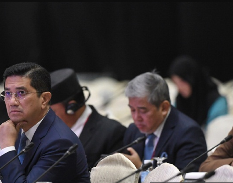 Azmin: Muslim nations must trade more with one another