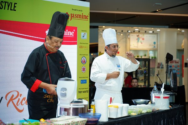Cooking demo by Chef Chef Fami Taufeq and Chef Jaafar Onn during Jasmine's Rice Day 2019, Healthy RiceStyle