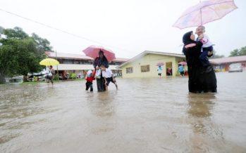 Floods worsen in Universiti Malaysia Sabah Labuan campus