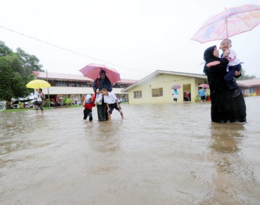 39 people evacuated due to floods in Membakut