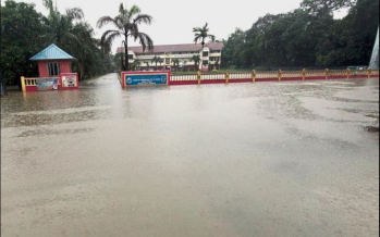 Floods: 176 people still at relief centers in three states this morning