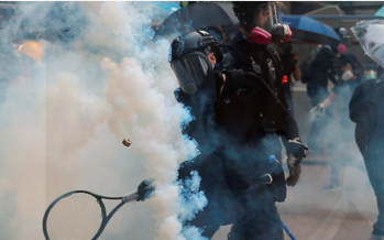 HK police fire tear gas at protesters after brief peace