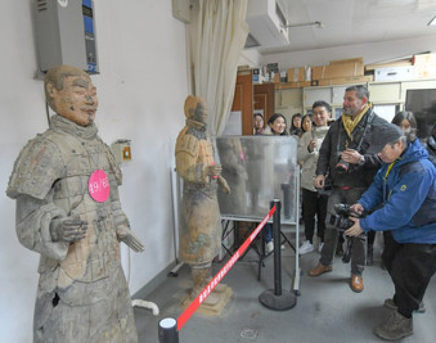Journalists from numerous countries visit Xi'an, China to experience the vitality and openness of this inland region
