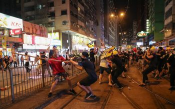 Hong Kong protest: Chaos ensues in shopping districts after Christmas protests