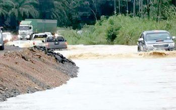 A slight increase in flood evacuees in Sabah