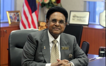 Woman claims to be Samy Vellu's companion, wants RM25k monthly