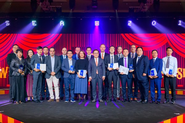 Representatives of nine outstanding companies are honoured on stage at the 2019 Sands Supplier Excellence Awards Friday at The Venetian Macao, attended by Sands China executives.