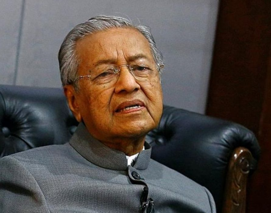 Mahathir: Nothing to be gained from war