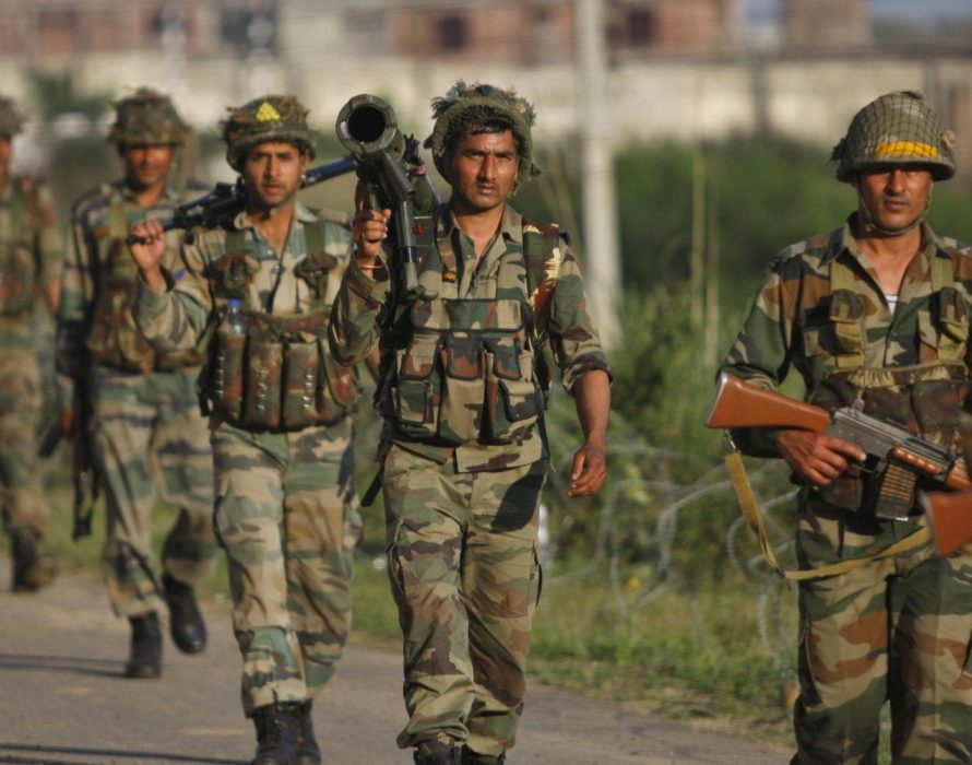 Senior police officer arrested in Kashmir on suspicion of aiding militants