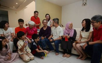Muslim convert celebrates CNY with family every year