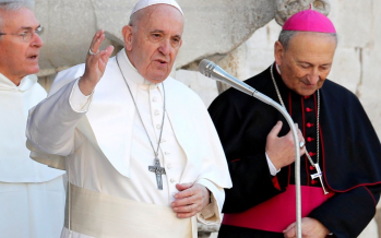 Pope Francis pour cold water on Trump's Mideast peace plan