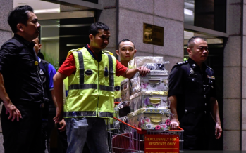 Inspection of seized goods by Najib, family postponed due to security issues