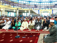 Mosques to hold 'solat hajat' to keep the political situation stable