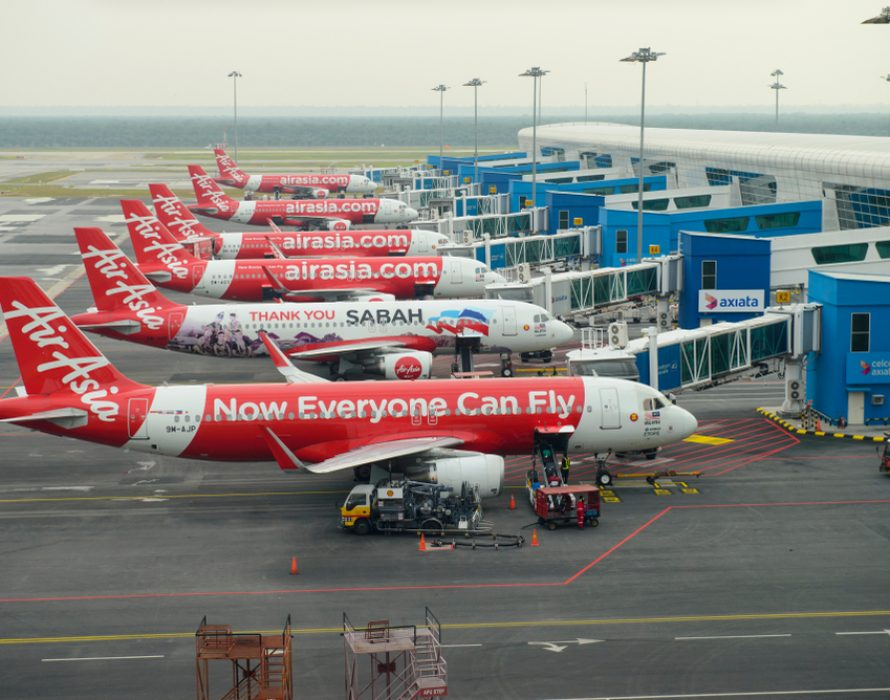AirAsia temporarily suspends flights, cut off top executives salary