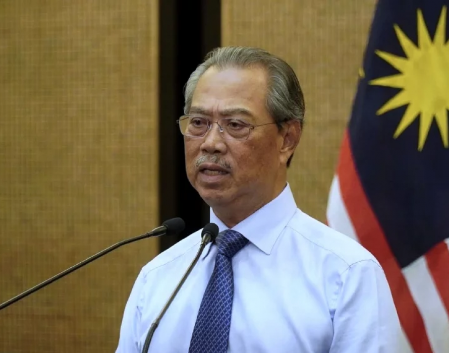 Muhyiddin asks GLCs to consider rental waiver for traders