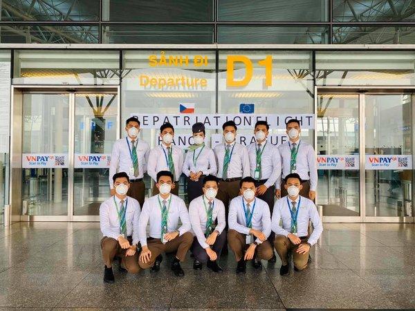 Bamboo Airway Flight attendants' Crew