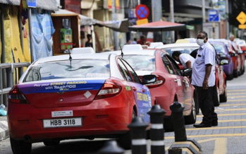MCO: Taxi drivers seek help after their earnings dropped 90%