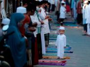 Indonesia tones down Eid celebration amid COVID-19 spike