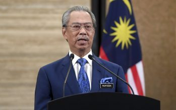 """""""I'm fine, vaccine is safe,"""" says Muhyiddin a day after inoculation"""