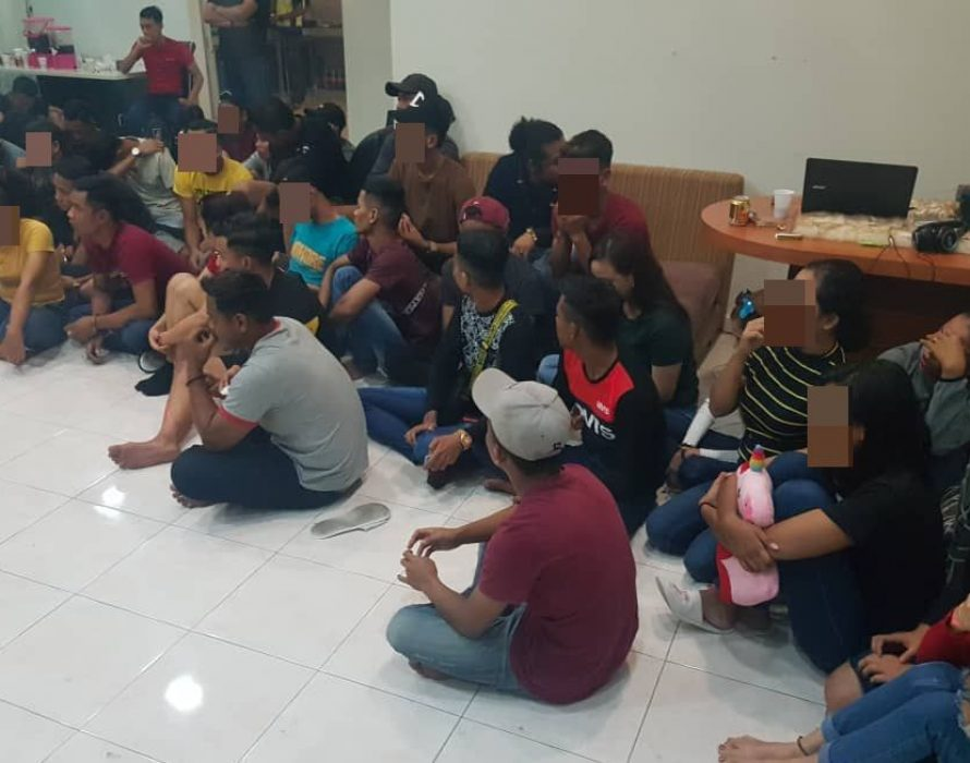 76 nabbed in wild homestay party
