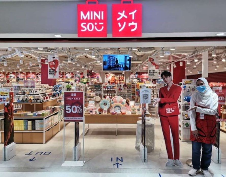 The global ambassadors of MINISO support brand during the epidemic