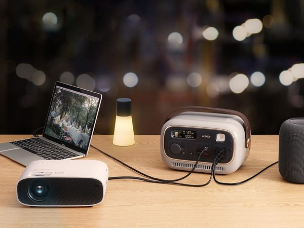 AUKEY Unveils Retro-Styled and Lightweight PowerStudio 300 on Indiegogo