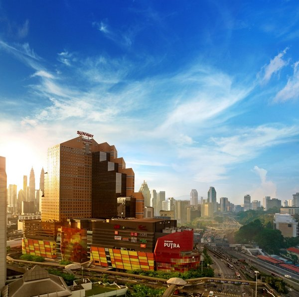 Sunway Putra Hotel is situated within easy reach to the heart of Malaysia's capital city, Kuala Lumpur