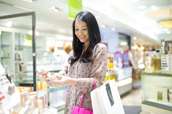2020 Commerce Trends: Collinson reports significant YoY spending jumps in electronics and online F&B delivery, as travel purchases dip