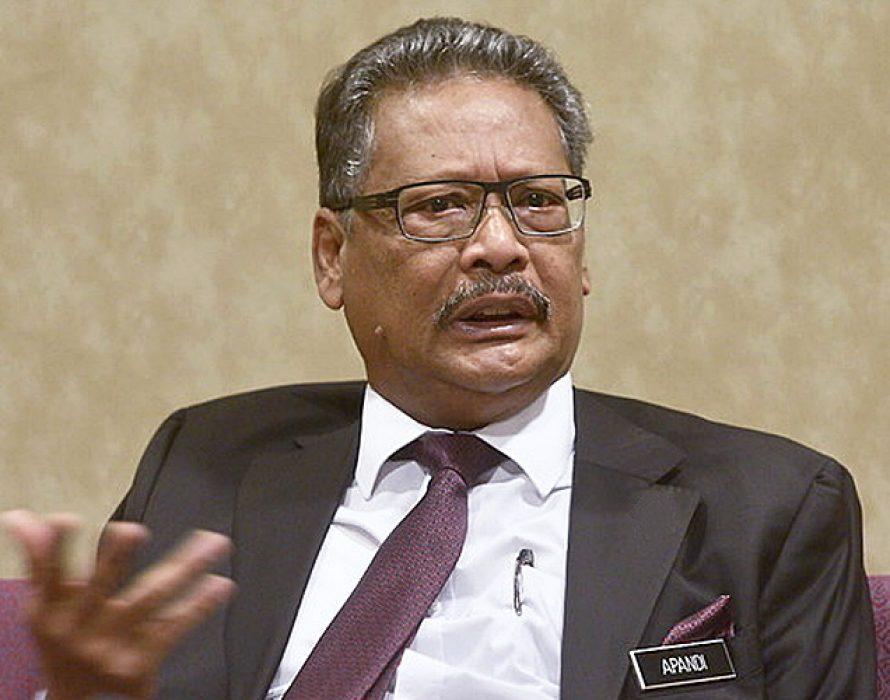 Hearing of Apandi Ali's suit against Lim Kit Siang begins April next year