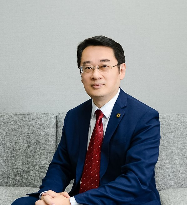 China Life Insurance (Singapore) Chief Executive Mr.Lin Xiangyang