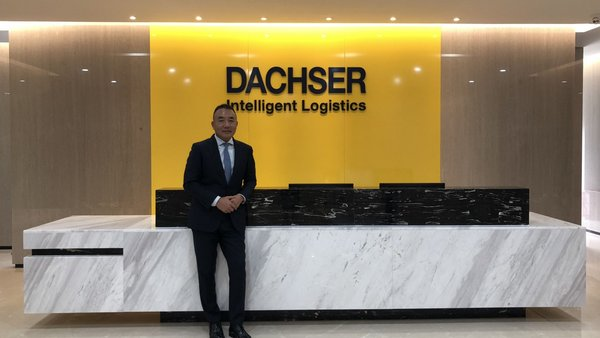 Kevin Chen, Managing Director Air & Sea Logistics Far East South, at the new office reception.