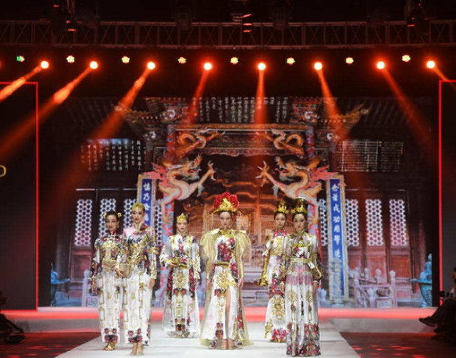 The Charm of Cheongsam Was Promoted in Shenyang