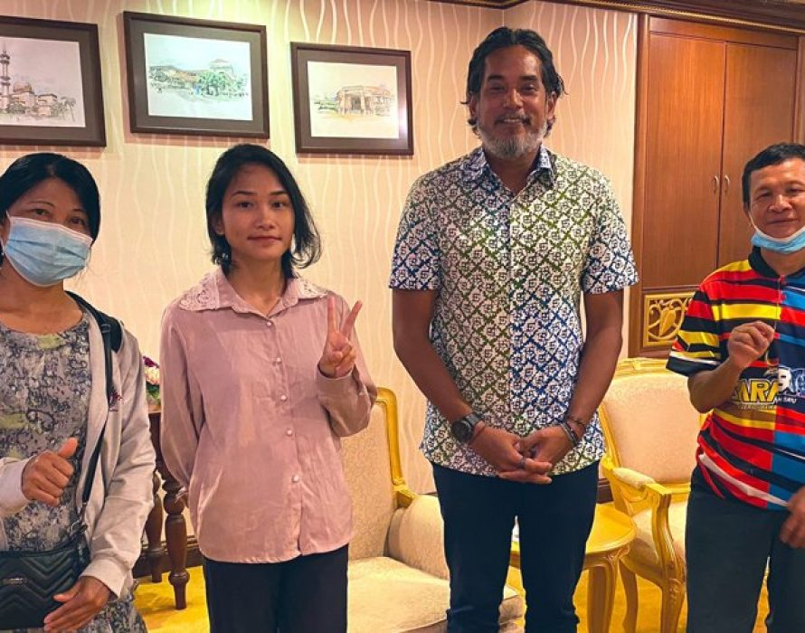Khairy meets Veveonah, apologises on behalf of govt