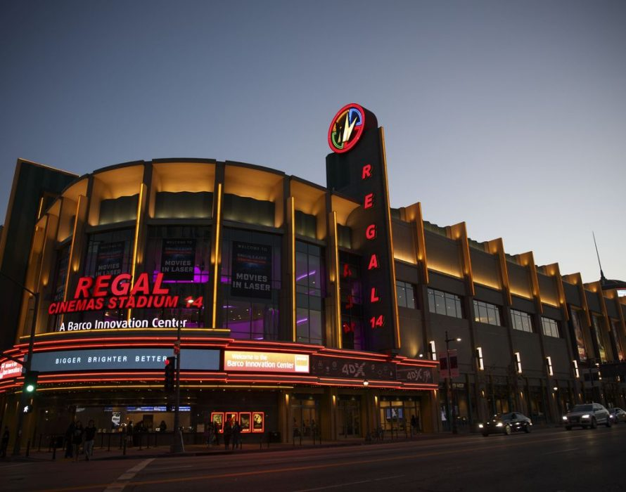 2nd largest cinema chain in US considers closing all theatres