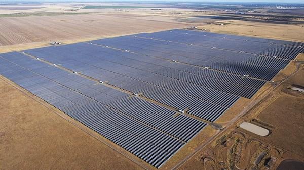 NX Horizon solar tracker featured on Moree Solar Farm (70 MW), NSW, Australia