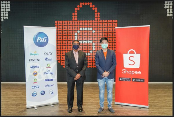 Shankar Viswanathan, Senior Vice President - P&G Market Operations - Malaysia, Singapore, Vietnam and E-Commerce - Asia Pacific, Middle East and Africa with Ian Ho, Shopee Regional Managing Director