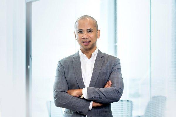 Mr. Supparat Singhara Na Ayutthaya, CEO of STT GDC Thailand