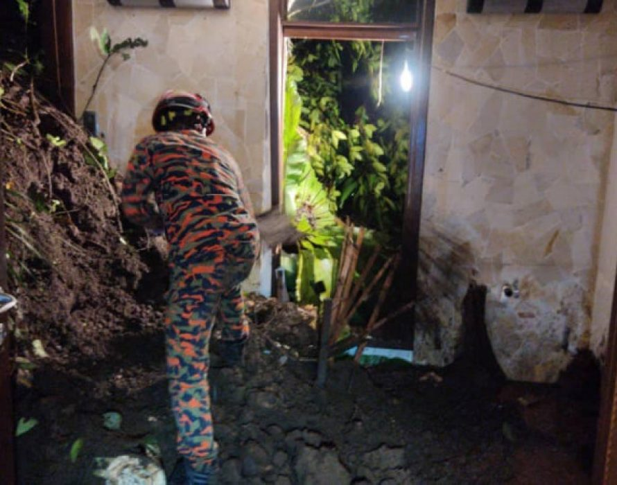 Two feared buried in Tambun landslide