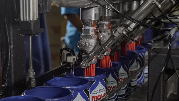 Filling process for one of Mowilex's best products Mowilex Emulsion