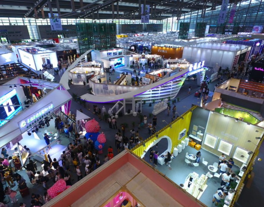 Fashion Shenzhen Show Kicks Off