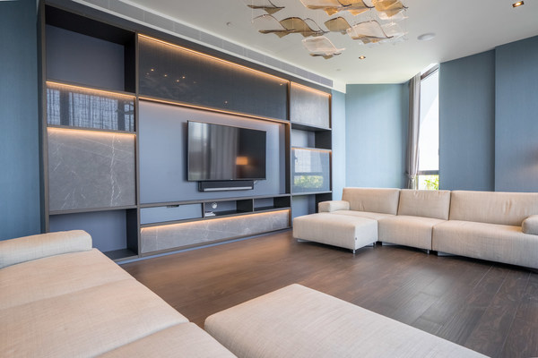Quality apartments from over 280 residential buildings in prime districts across Singapore and Tokyo, Japan, are available for long-term rental on the MetroResidences platform.